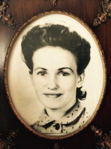 aunt-iris
